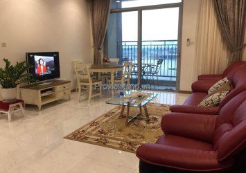 Vinhomes Central Park sells 1-bedroom apartment, high floor in C1 tower, full furnished