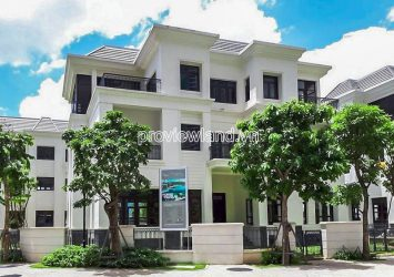 Vinhomes Tan Cang detached villa for sale finishing house with land area of 300m2