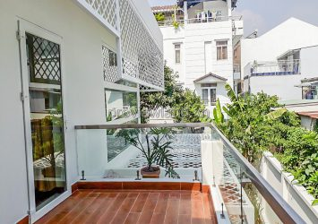 Villa for sale in District 2, Street No. 30, area 10x21m, 2 floors, 3 bedrooms, beautiful house