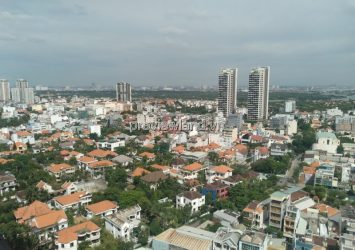 For rent 4 bedrooms apartment cheap in Hoang Anh Riverview