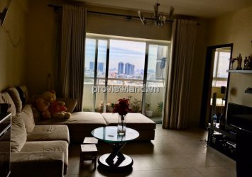 Selling Hung Vuong Plaza apartment on the middle floor of Tower B with furniture