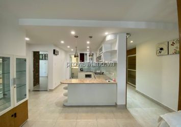 Apartment for sale in District 5 with beautiful furniture 3 bedrooms in Hung Vuong Plaza project