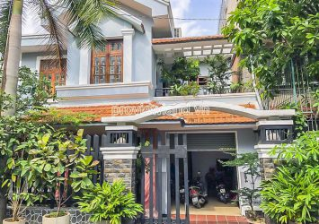 Thao Dien villa for sale in Xuan Thuy includes 2 floors 4 bedrooms area 264m2