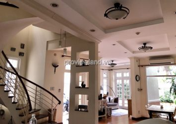 Villa for sale at 215 Nguyen Van Huong, District 2, area 10x20m, 3 floors
