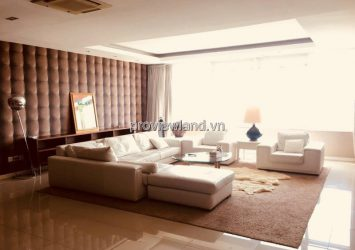 Apartment 4 bedrooms in Saigon Pearl with wall furniture for sale