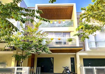 Townhouse for sale at Palm Residence District 2 including 3 floors 6x17m