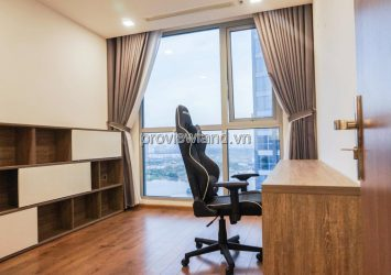 Vinhomes Central Park apartment for sale with 4 bedrooms with existing furniture