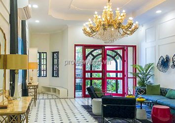Villa for sale front of Le Van Chi Thu Duc includes 3 floors with area 374m2