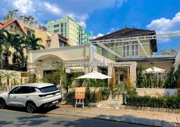 Townhouse for sale in front of Tu Xuong District 3 including 2 floors with area of 308m2