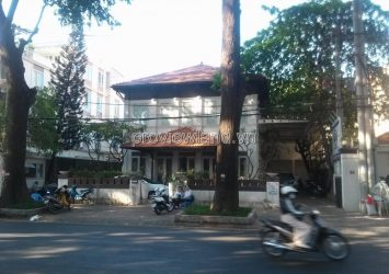 House for sale in front of Tran Quoc Thao District 3 land area 554m2 with 1 ground floor 1 floor
