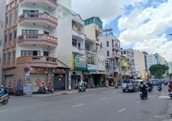 House for sale with an area of 16x40m in front of Nguyen Thong Street District 3