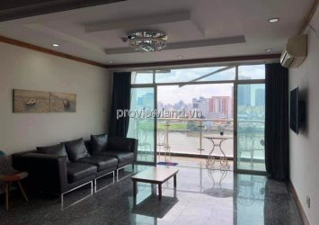 Hoang Anh Riverview apartment for rent with 4 bedrooms fully furnished