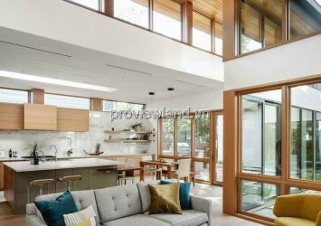 Selling Thao Dien villa land area 305m2 with 5 bedrooms and garden