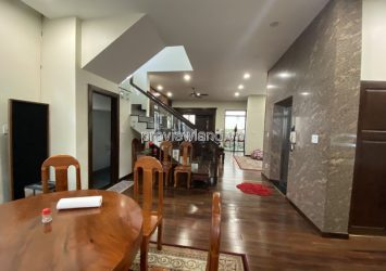 Villa for sale on Tran Quoc Toan street in District 3 with land area of 402m2 6 bedrooms
