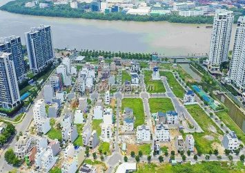 The land for sale in Saigon Mystery Villas riverside with land area 207m2